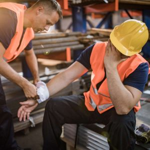 new york construction worker with a laceration injury